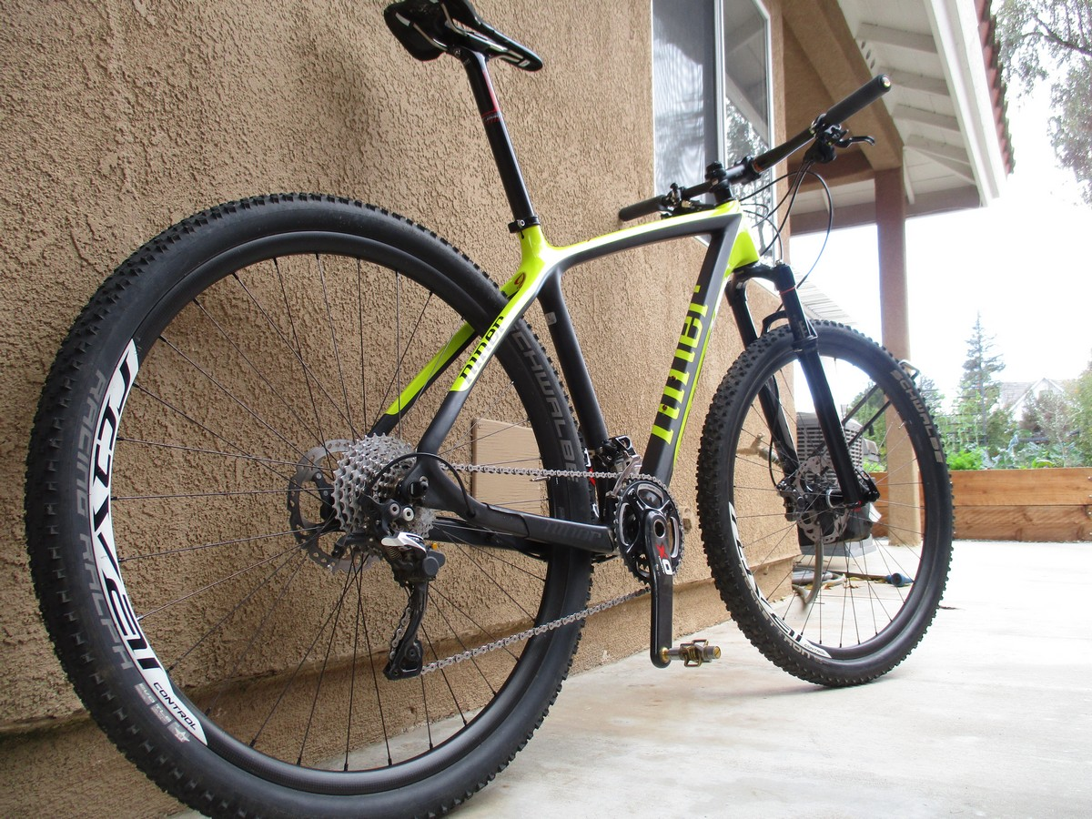 pics of bike when built up damn fast and stiff climbs like crazy